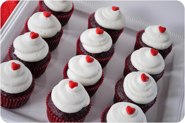 Red Velvet Cupcakes | www.lemon-sugar.com