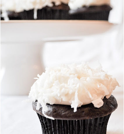 Chocolate & Coconut Cream Cupcakes