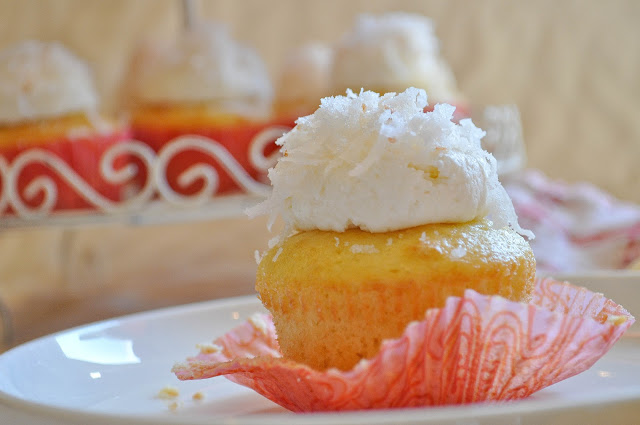 Toasted Coconut Cupcakes | www.lemon-sugar.com