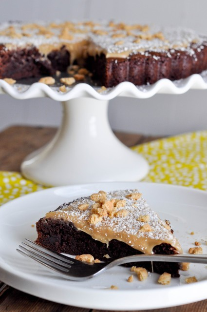 Brownie Tart with White Chocolate Biscoff Ganache