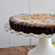 Brownie Tart with White Chocolate Biscoff Ganache + giveaway