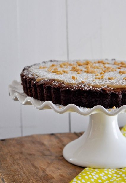 Brownie Tart with White Chocolate Biscoff Ganache-1