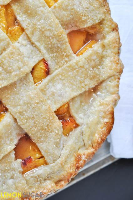 Peach Pie with Buttermilk Crust | www.lemon-sugar.com