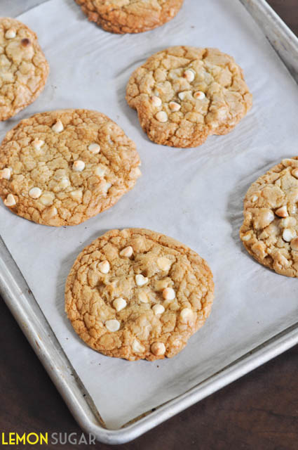 White Chocolate Macadamia Nut Cookies-0115