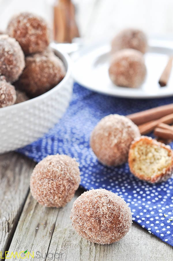 Applesauce Doughnut Holes | www.lemon-sugar.com