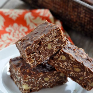 Healthy(er) Chocolate Oatmeal No-Bake Bars