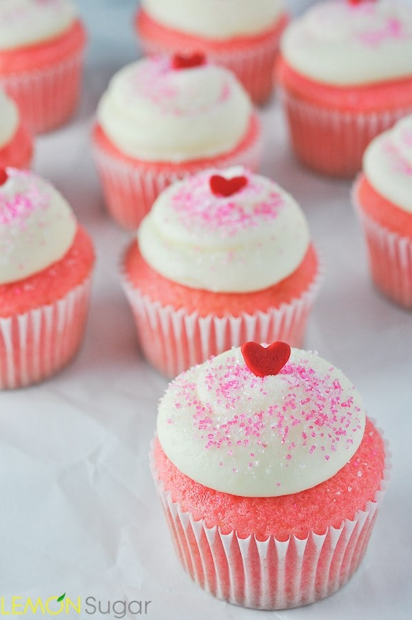 Pink Velvet Cupcakes | www.lemon-sugar.com ♥