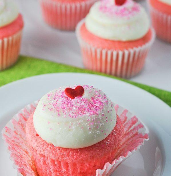Pink Velvet Cupcakes-0054