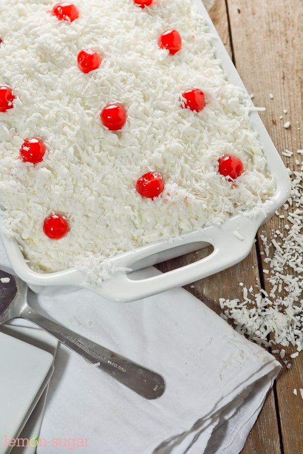 Pina Colada Poke Cake | lemon-sugar.com