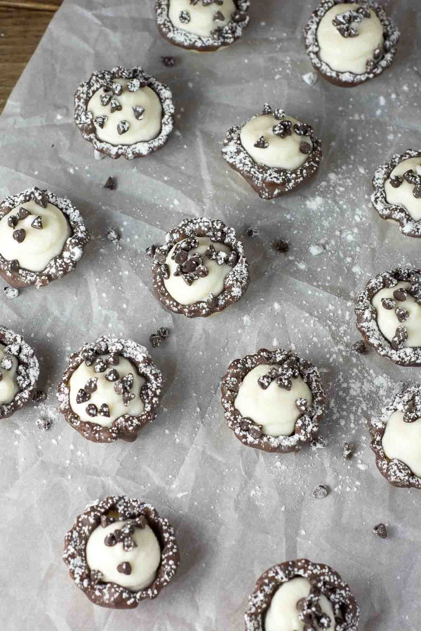 Chocolate Cannoli Cups | lemon-sugar.com