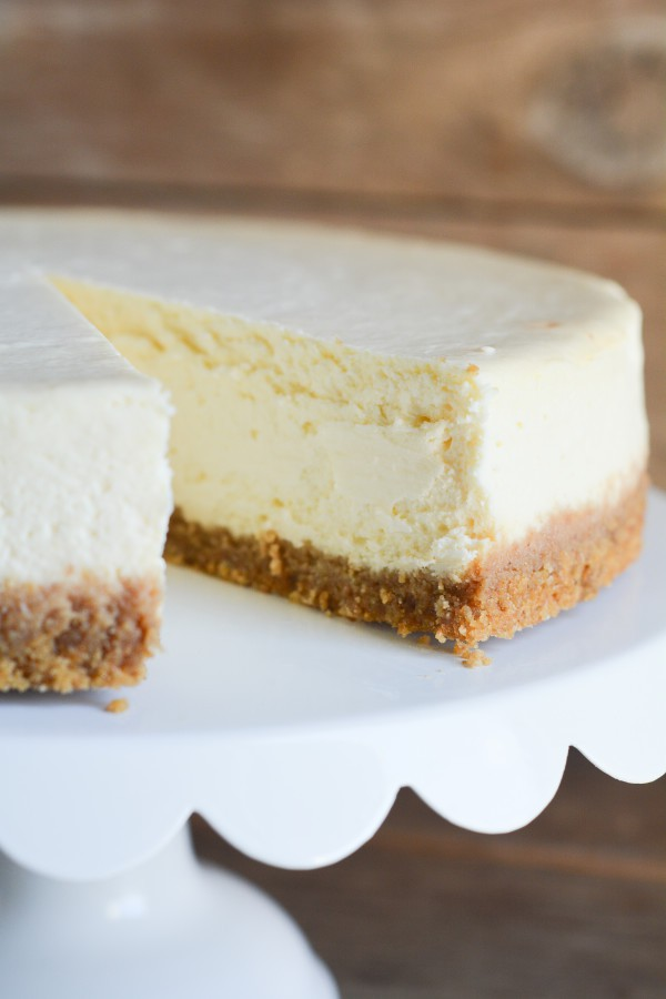 Basic Cheesecake - lemon-sugar.com-3